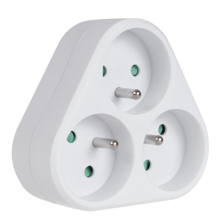 Prises de courant triple 2x16A 1x6A Maclean Energy MCE213