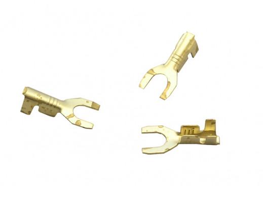 Konektor widełki M4