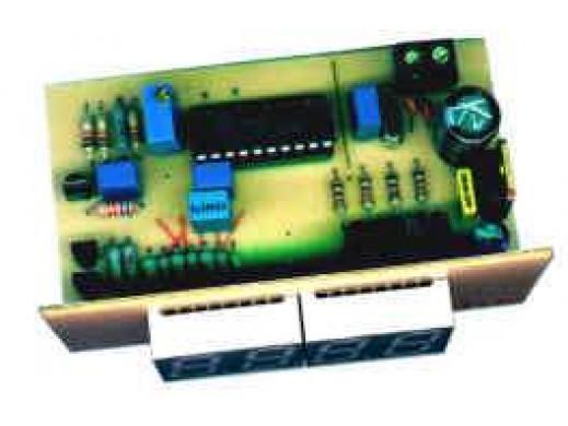 J-242 Mikroprocesorowy termometr -30 do 300°C