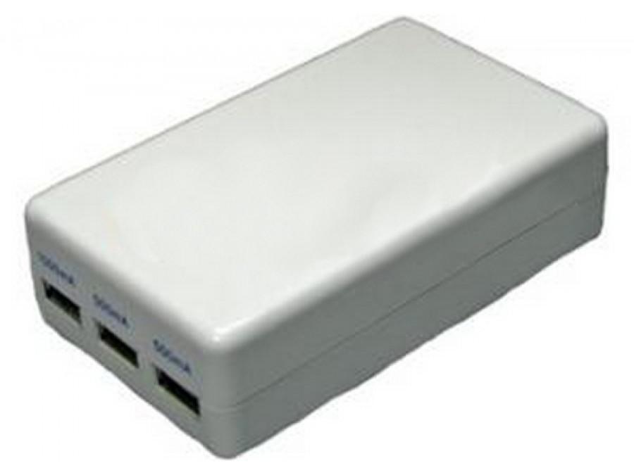Zasilacz USB Samochodowo-sieciowy z 3 wyjściami USB