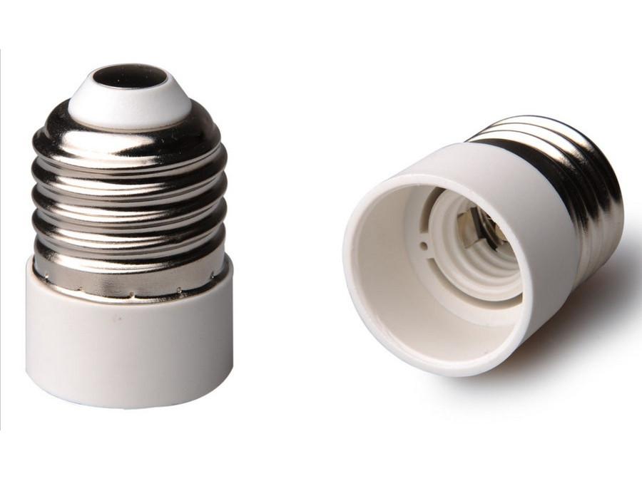 Adapter żarówki E27 na E14