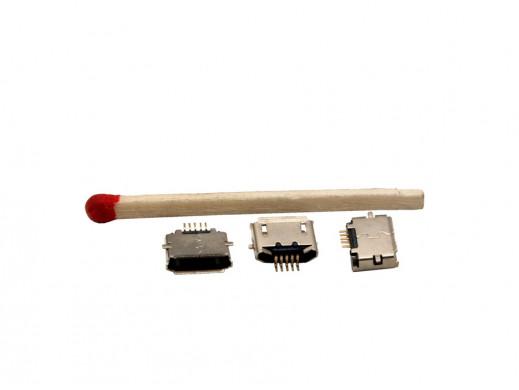 Gniazdo mikro USB AB 5p  montażowe