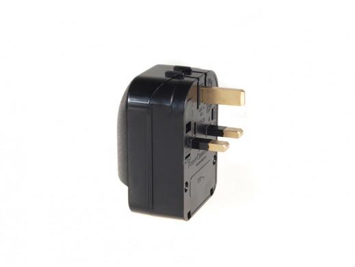 Adapter zasilania Maclean  UK na Euro kątowy czarny  MCE70