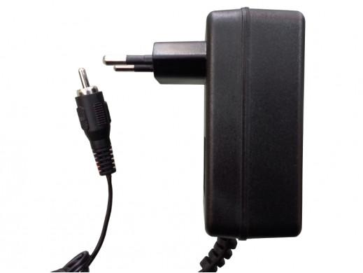 Zasilacz multiswitch 18V 1,5A PMS wtyk cinch