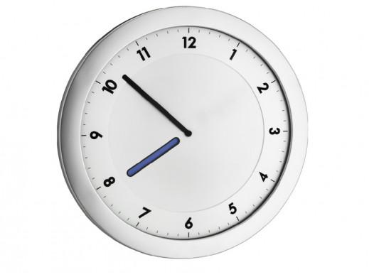 Zegar ścienny z kolorową...