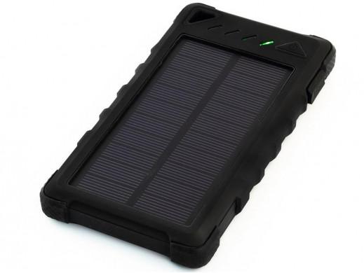 Ładowarka solarna Powerneed S8000B 8000mAh czarna