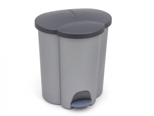 Kosz do segregacji śmieci...