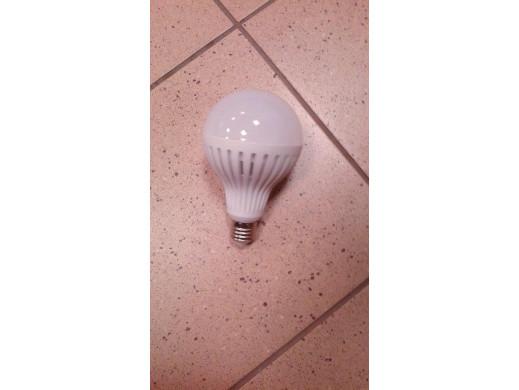 Żarówka LED E27 12W 230V Maclean Energy MCE176 WW ciepły biały, POSERWISOWA czujniki są wyłączone  żarwóka swieci cały