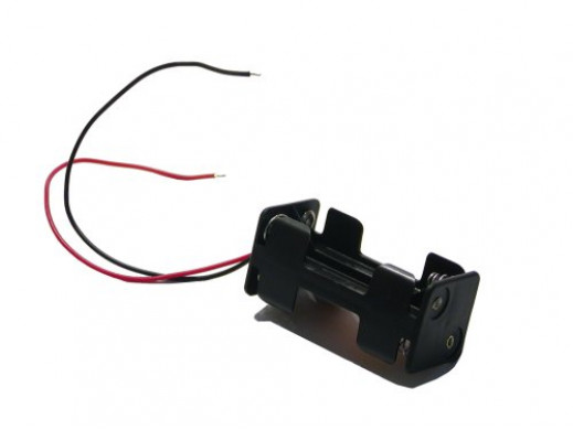 Pojemnik na baterie 4*R3 z przewodami
