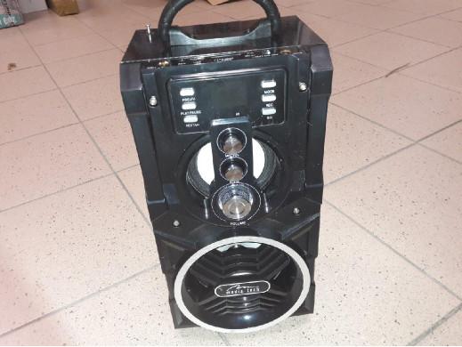 Głosnik bluetooth 800W...