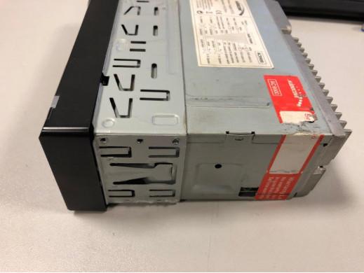 Radioodtwarzacz Audiocore AC9900 MP5 AVI DivX Bluetooth handsfree + pilot POSERWISOWY Produkt sprawny, widoczne ślady użytkowani