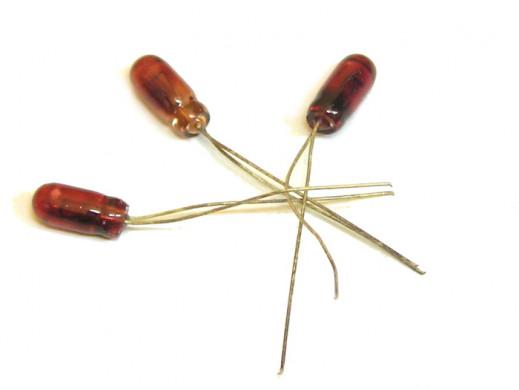 Żarówka 14V 50mA czerwona