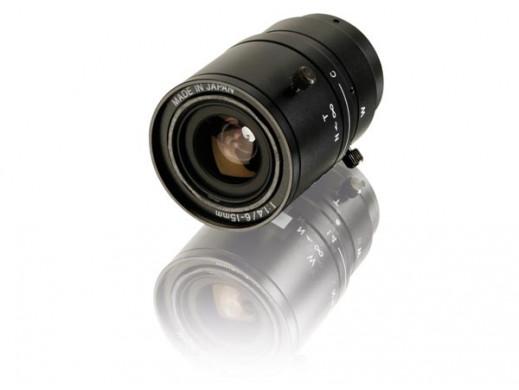 CCTV ZOOM LENS 6-15mm / F1.4