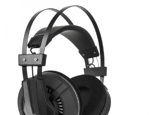 Przewodowe słuchawki...