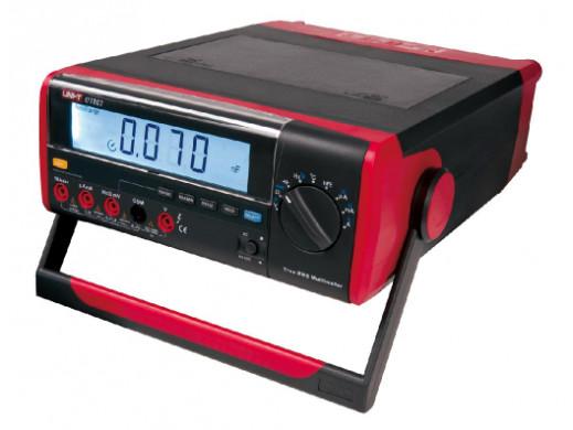 Miernik laboratoryjny UT 803