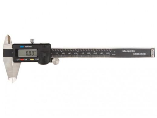 SUWMIARKA CYFROWA 150 mm