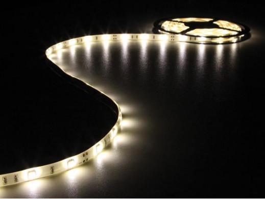 ELASTYCZNA TAŚMA LED - CIEPŁY BIAŁY - 150 diod LED - 5 m - 12 V